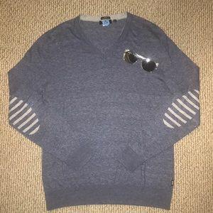 💙V- neck sweater by Boss💙
